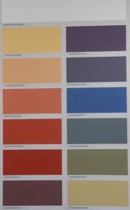 Die Lehmfarben sind vorpigmentiert, aber auch selbst pigmentierbar